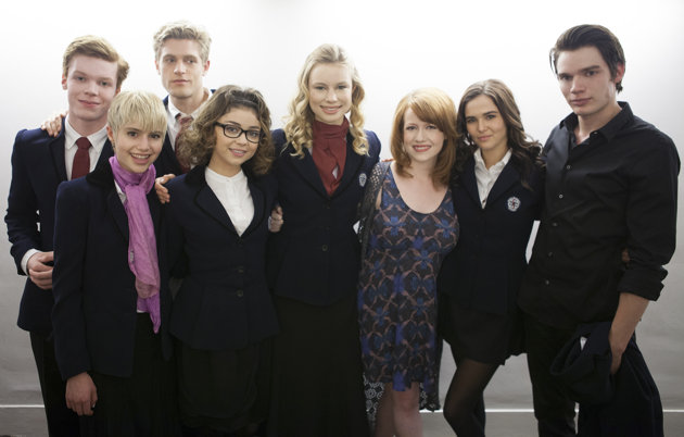 Richelle Mead with the Vampire Academy set. (Yahoo.com)