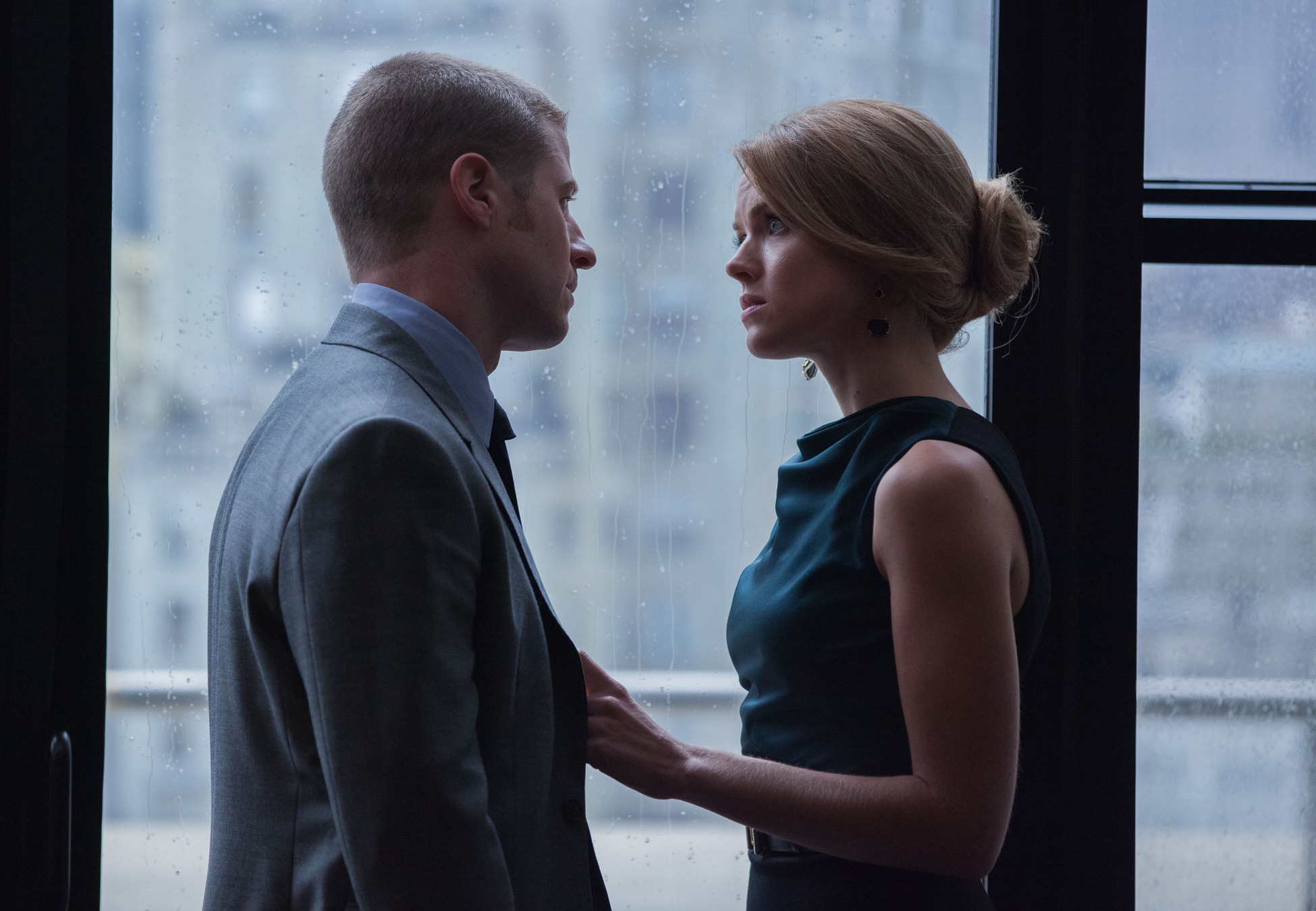 gotham 1-6 jim and bar