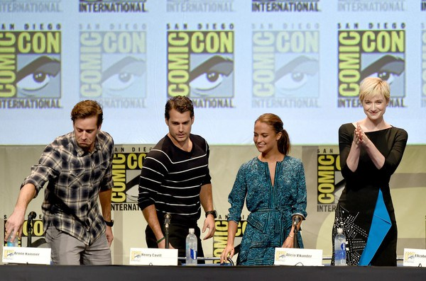 Armie-Hammer-Comic-Con-International-2015-6S2wd7OuVc7l
