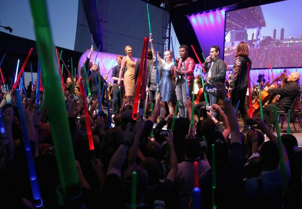 star-wars-comic-con-2015-panel-13-600x415