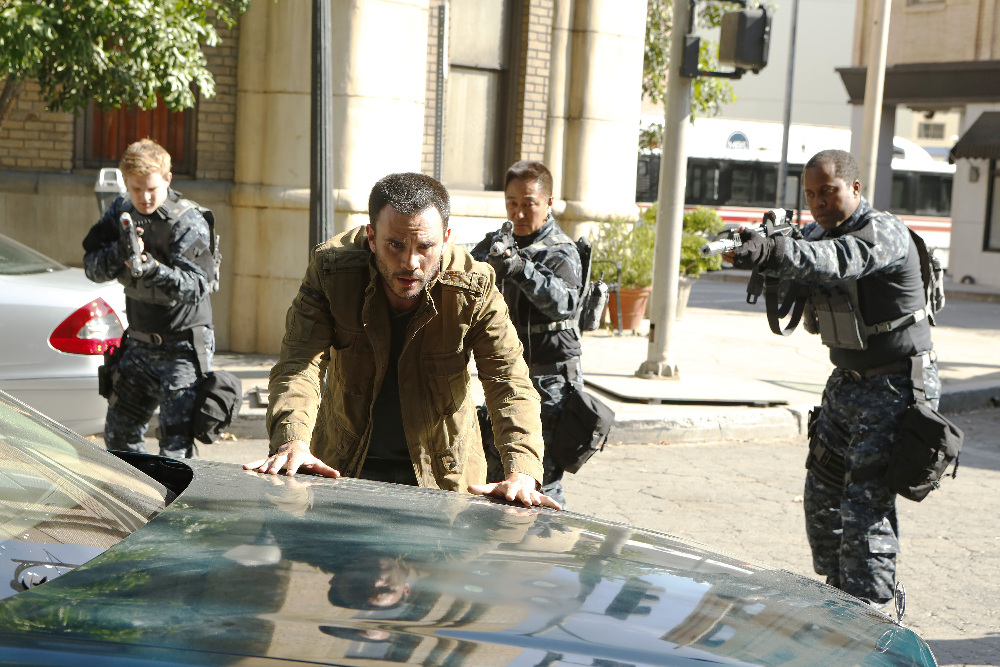 """MARVEL'S AGENTS OF S.H.I.E.L.D. - """"Laws of Nature"""" - """"Marvel's Agents of S.H.I.E.L.D."""" returns for an action-packed third season on TUESDAY, SEPTEMBER 29 (9:00-10:00 p.m., ET) on the ABC Television Network. On the season premiere episode, """"Laws of Nature,"""" when Coulson and the team discover a new Inhuman, S.H.I.E.L.D. comes face to face with another organization searching for powered people. And still reeling from Simmons' dramatic disappearance, Fitz goes to extreme lengths to try to learn how to get her back. (ABC/Kelsey McNeal) JUAN PABLO RABA"""