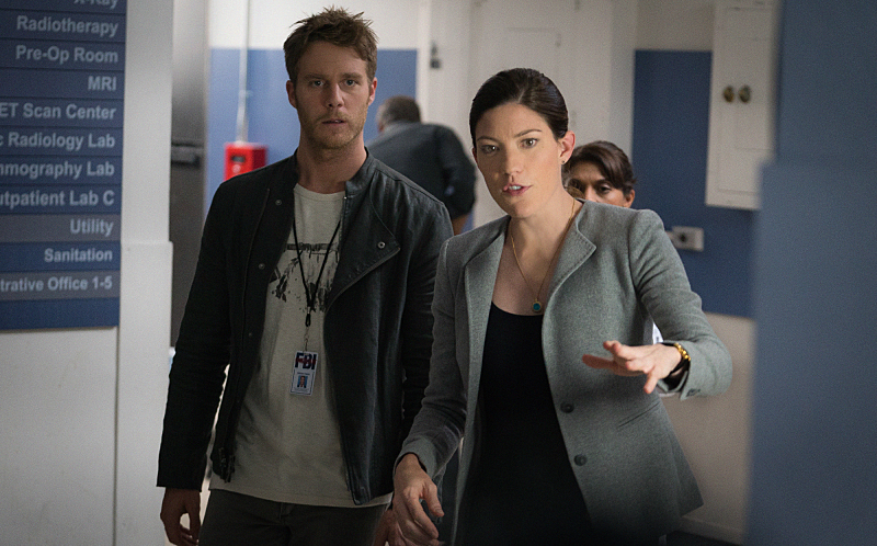 """Personality Crisis"" -- Brian ( left Jake McDorman) learns a shocking secret about Rebecca's (right Jennifer Carpenter) late father but worries that telling her will land him in legal trouble. Also, Brian accidentally meddles in Rebecca's personal life while learning self-defense from her secret boyfriend, FBI Agent Casey Rooks on LIMITLESS, Tuesday, Oct. 20 (10:00-11:00 PM, ET/PT) on the CBS Television Network. Photo: Michael Parmelee/CBS © 2015 CBS Broadcasting Inc. All Rights Reserved."