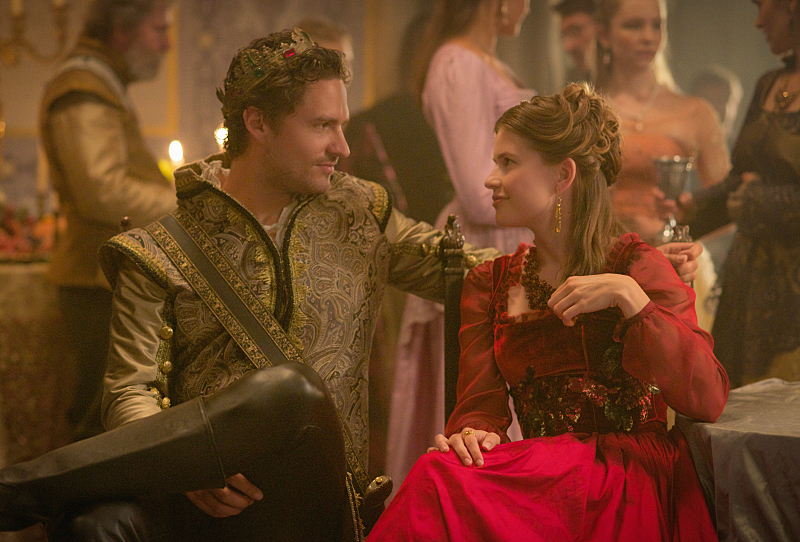 "Reign -- ""Extreme Measures"" -- Image Number: RE303b_0069.jpg -- Pictured: Ben Aldridge as Antoine -- Photo: Sven Frenzel/The CW -- © 2015 The CW Network, LLC. All rights reserved."