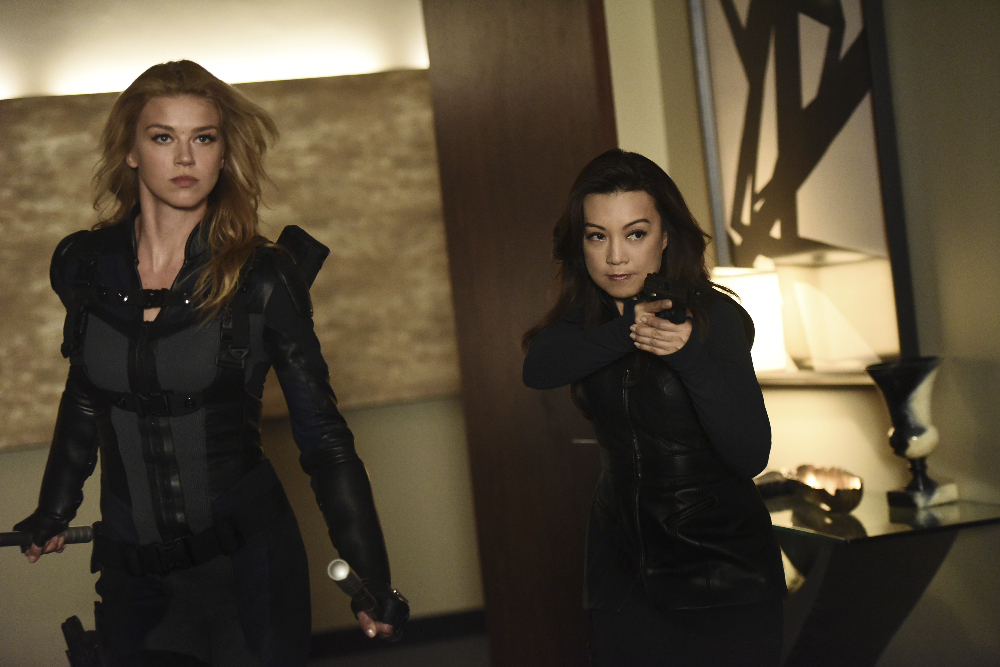 """MARVEL'S AGENTS OF S.H.I.E.L.D. - """"Among Us Hide..."""" - The stakes get even higher as Hunter and May continue to go after Ward and Hydra, and Daisy and Coulson begin to suspect that the ATCU may be keeping a big secret from S.H.I.E.L.D., on """"Marvel's Agents of S.H.I.E.L.D.,"""" TUESDAY, NOVEMBER 3 (9:00-10:00 p.m., ET) on the ABC Television Network. (ABC/Eddy Chen) ADRIANNE PALICKI, MING-NA WEN"""