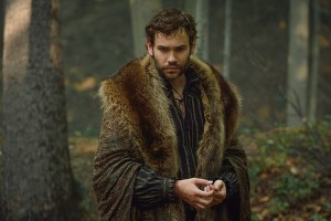 "Reign -- ""In A Clearing"" -- Image Number: RE305a_0308.jpg -- Pictured: Rossif Sutherland as Nostradamus -- Photo: Ben Mark Holzberg/The CW -- © 2015 The CW Network, LLC. All rights reserve"