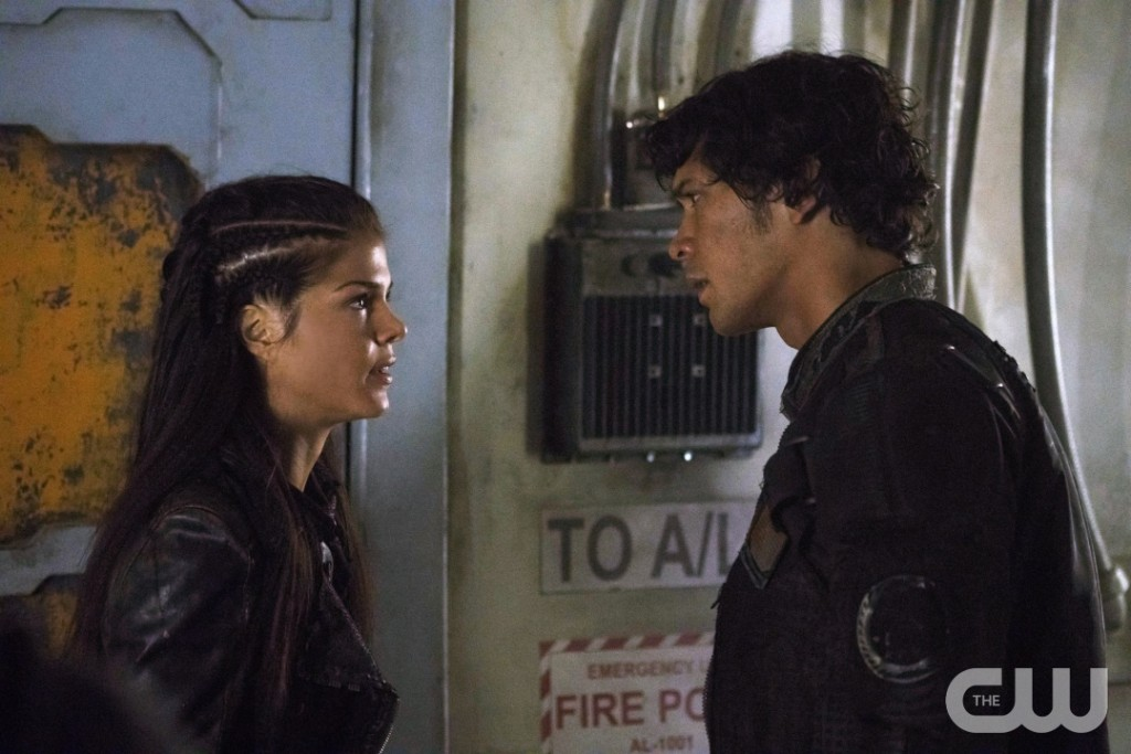 "The 100 -- ""Hakeldama"" -- Image HU305a_0010 -- Pictured (L-R): Marie Avgeropoulos as Octavia and Bob Morley as Bellamy -- Credit: Katie Yu/The CW -- © 2016 The CW Network, LLC. All Rights Reserved"