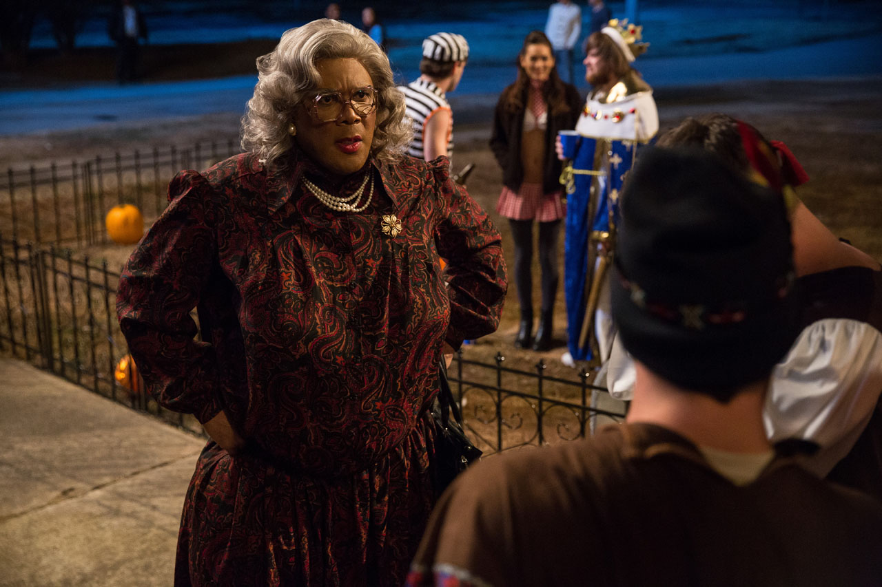 boo a madea halloween trailer tyler perry gets a call from ...