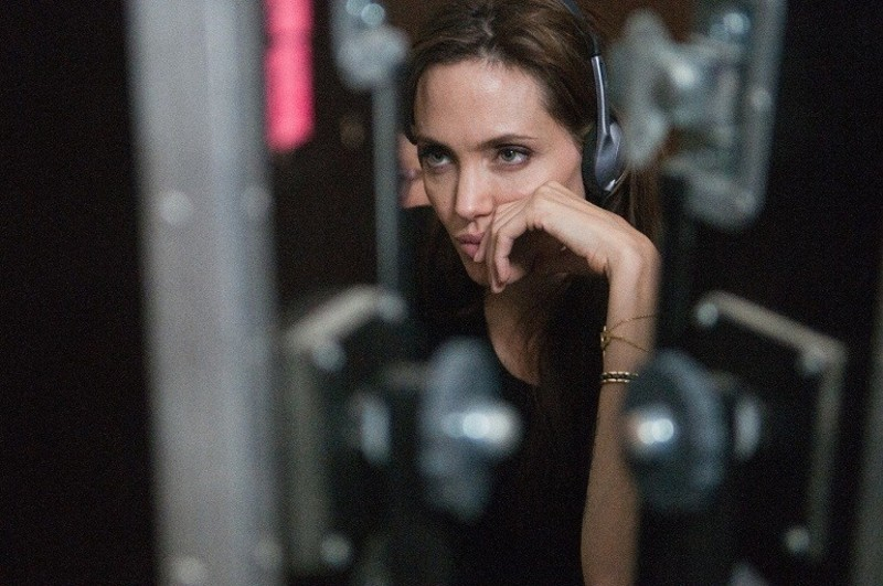 primary_angelina-jolie-directing