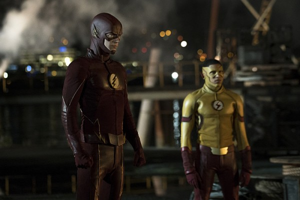 the-flash-season-3-flashpoint-image-6-600x401
