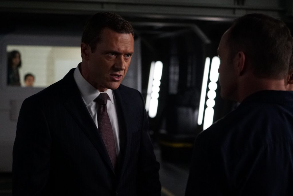 """MARVEL'S AGENTS OF S.H.I.E.L.D. - """"The Good Samaritan"""" - Robbie's shocking story on how he became Ghost Rider is finally discovered as Coulson and his team's lives hang in the balance, on """"Marvel's Agents of S.H.I.E.L.D.,"""" TUESDAY, NOVEMBER 1 (10:00-11:00 p.m. EDT), on the ABC Television Network. (ABC/Eric McCandless) JASON O'MARA"""