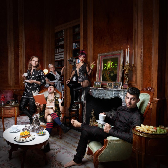 dnce-joe-jonas-album-cover-art-640x640