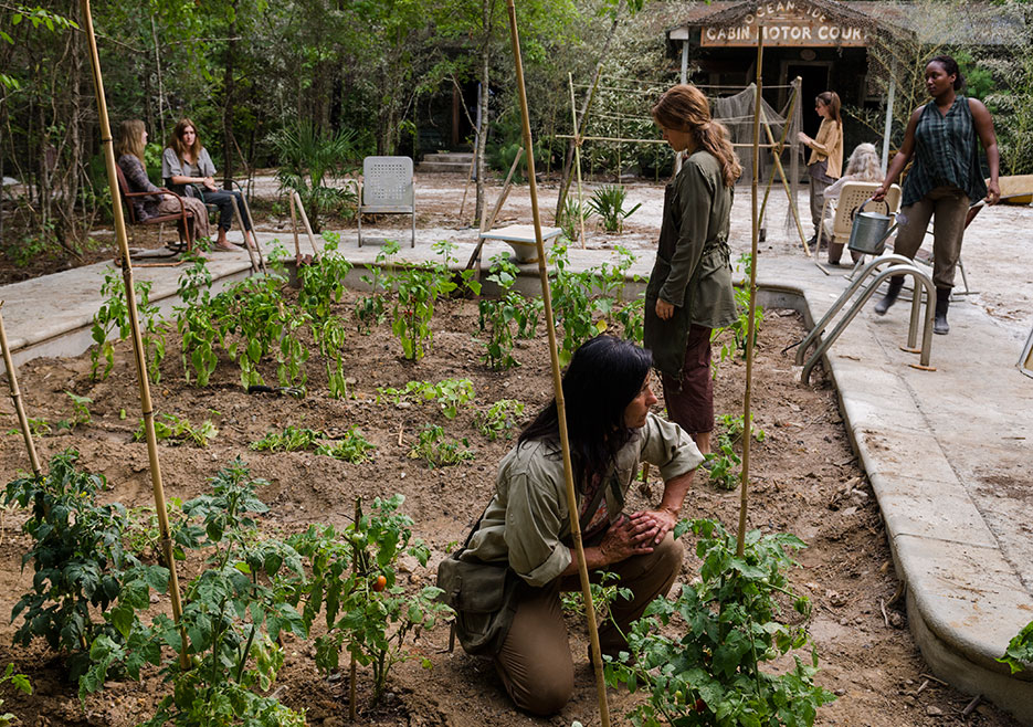 the-walking-dead-episode-706-oceanside-935