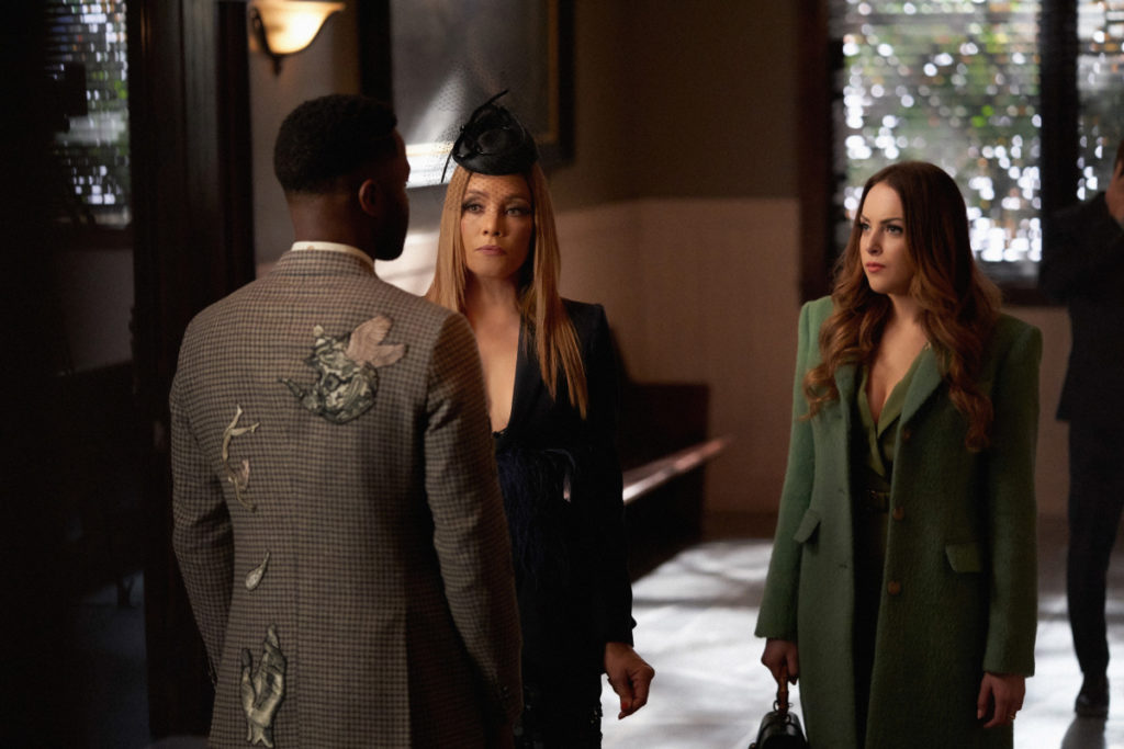Fallon and Dominique confronting Jeff at the courthouse on Dynasty