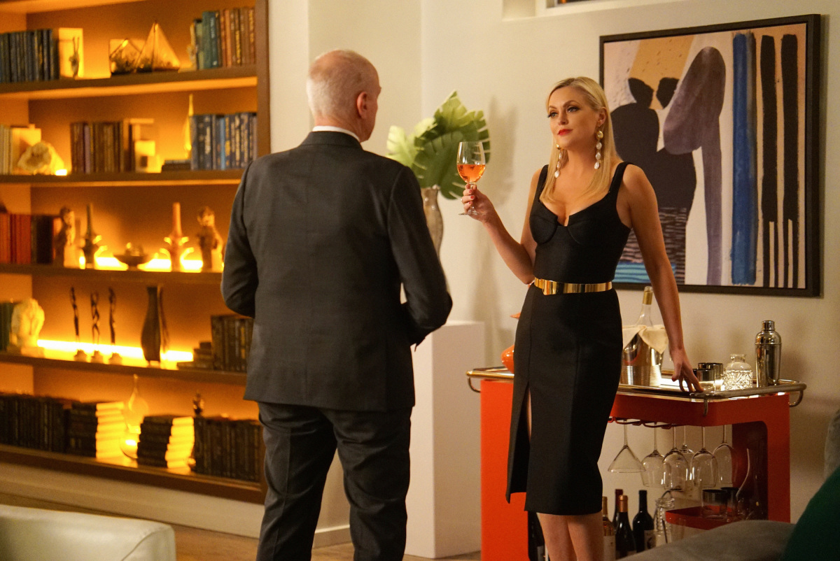 Anders confronts Alexis about her face on Dynasty