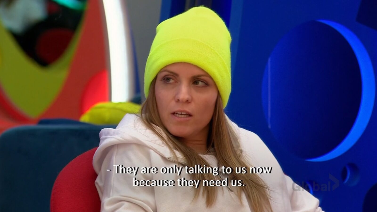 Tera strategizing with Tina on Big Brother Canada 9