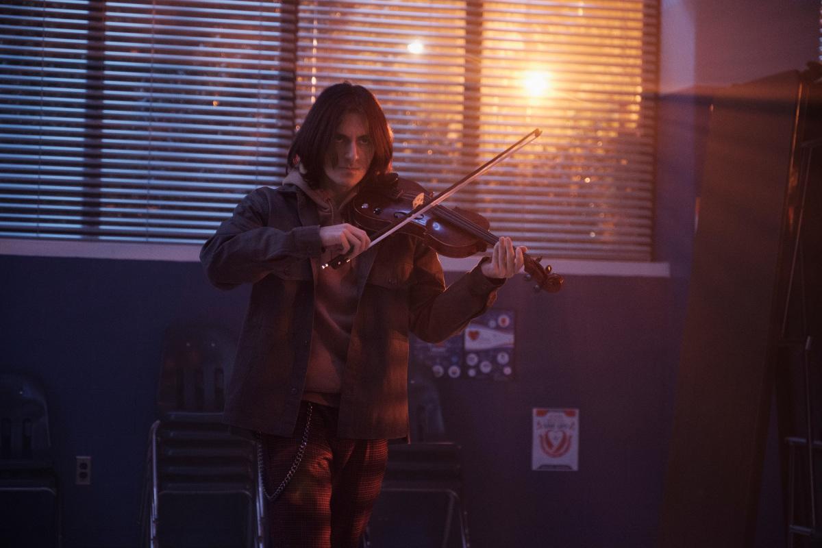 Isaac Bowen becoming The Fiddler on Stargirl