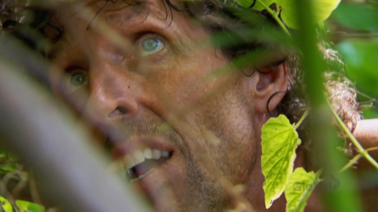 Brad hiding in bush on Survivor 41